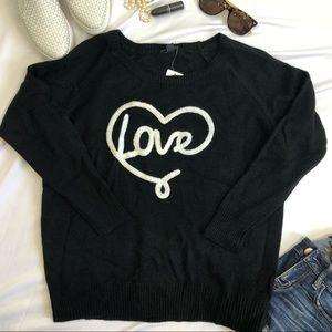 Torrid sweater love heart 00 NWT A35